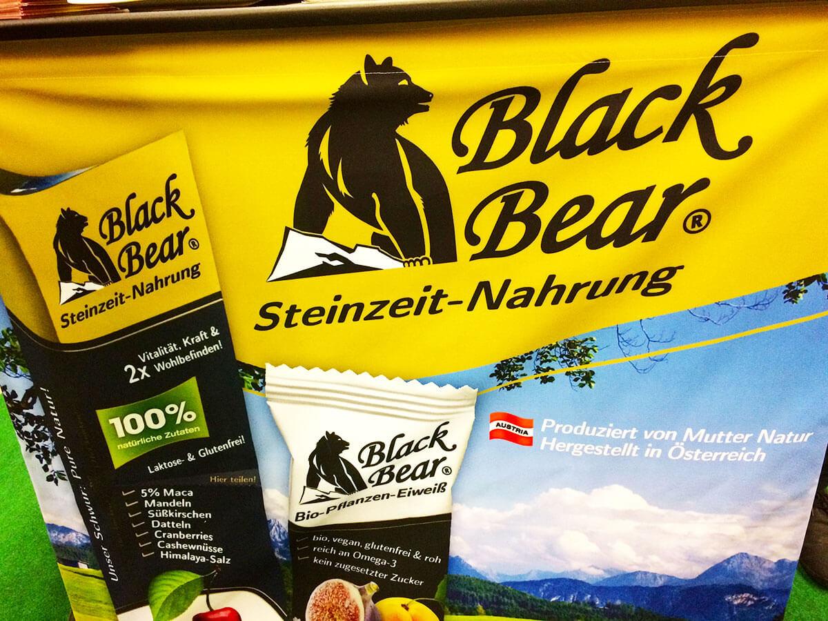 Black Bear Stinzeitnahrung
