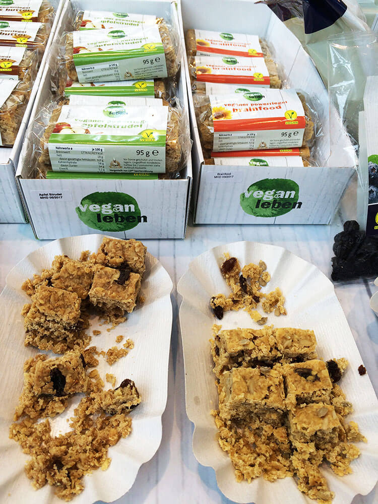 Veganleben Produkte zum Probieren auf der Veggieworld