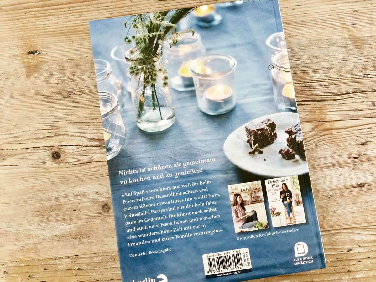 Deliciously Ella mit Freunden – Gesunde Rezepte zum gemeinsamen Genießen - Buchcover hinten