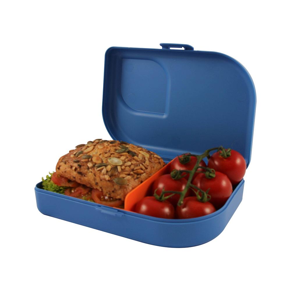 Blaue ajaa Nana Brotbox mit Brötchen und Tomaten