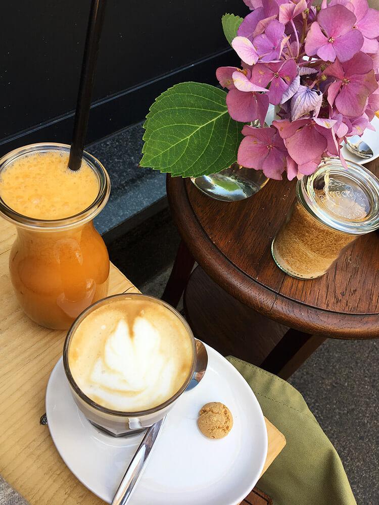 Schoellers leckerer Cafe und frische Säfte