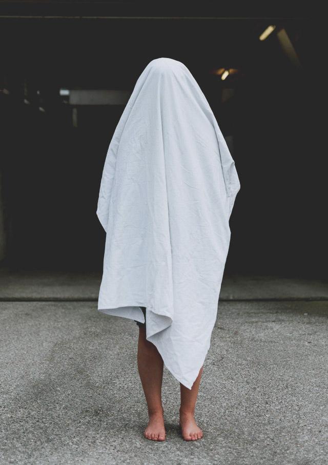 Geisterkostüm aus Bettlaken
